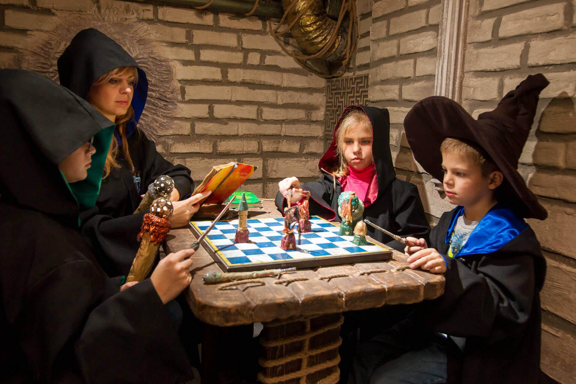 3 Фото квест комнаты Гарри Поттер в городе Запорожье