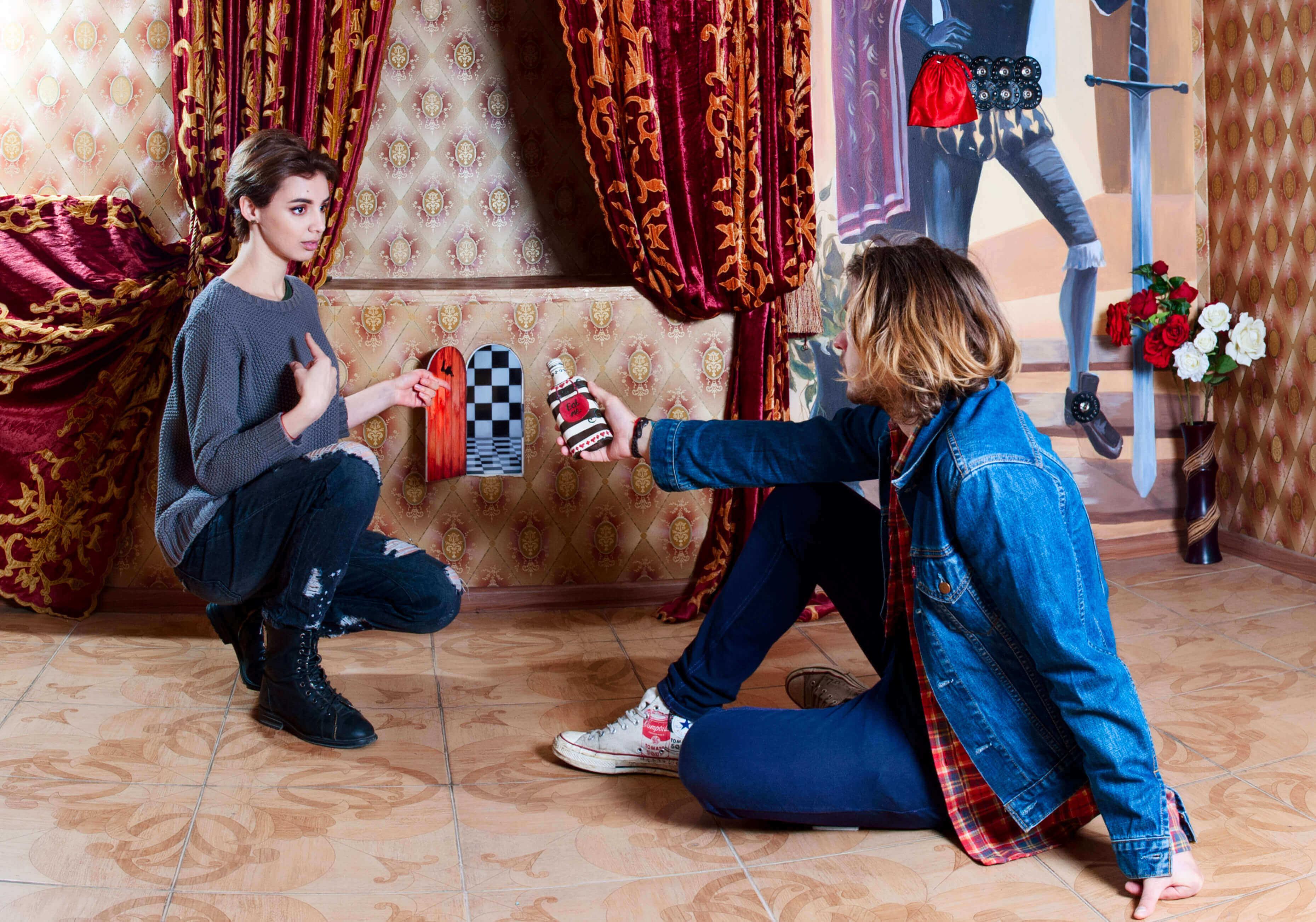 2 Фото квест кімнати  Аліса в країні чудес в місті Львів