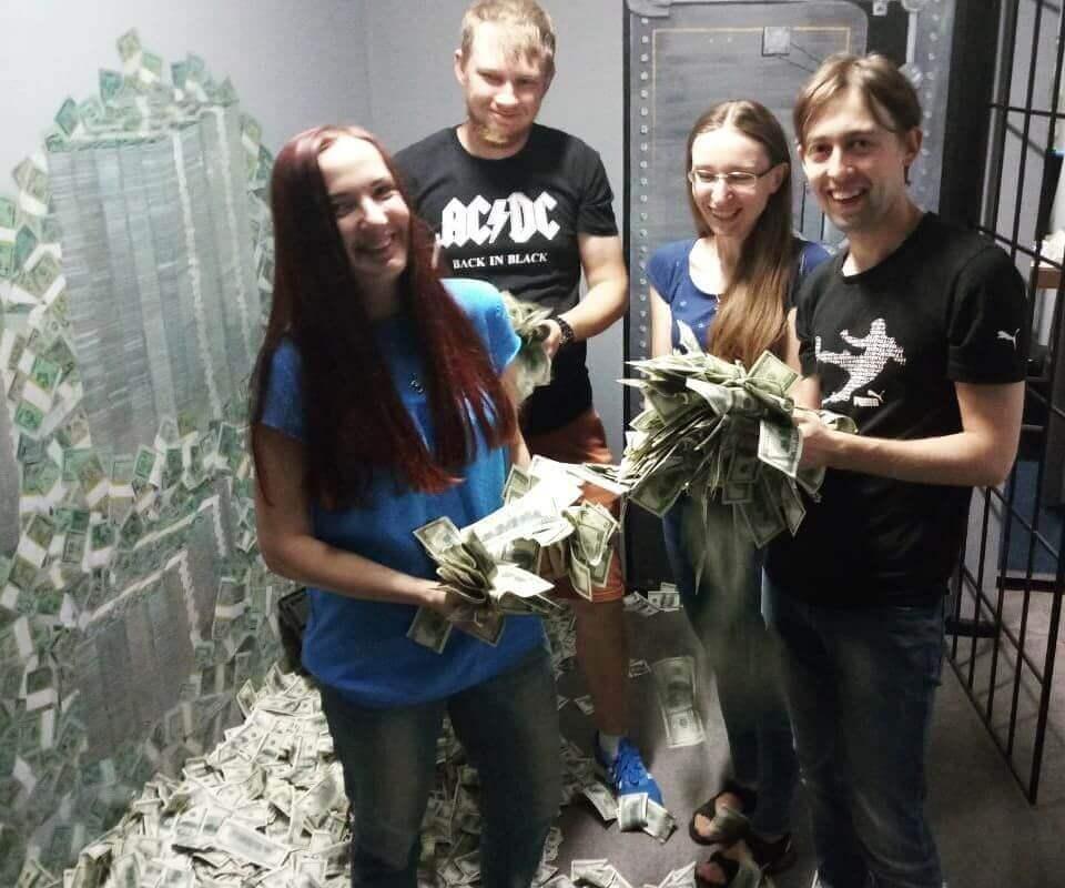 Photos for reviews Обзор квеста Ва-Банк: ограбление на Майдане