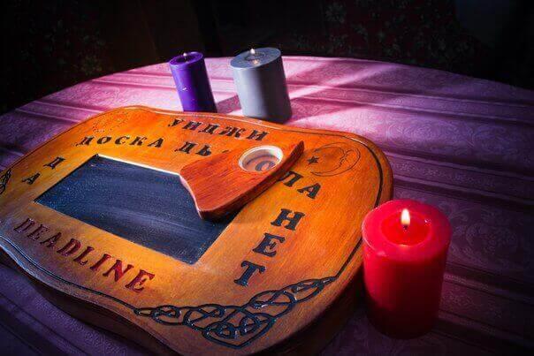 1 Фото квест комнаты Уиджи: Доска Дьявола в городе Днепр