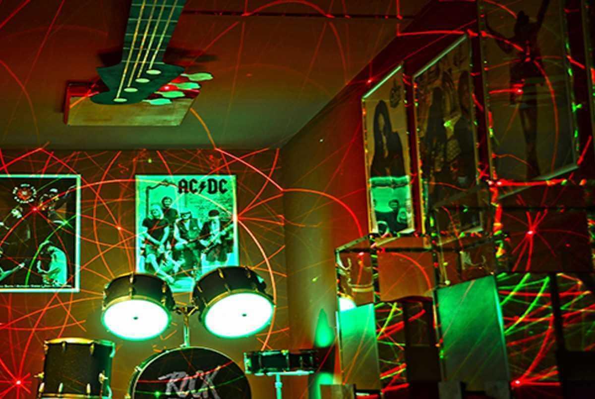 Фото  к новости Обзор комнаты Зал славы Rock-n-Roll